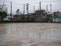 20070930_rainy_ground