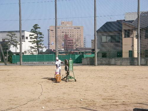 20080322_pitching_machine