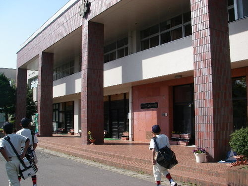 20080506_kahokushiritsu_takamatsuchugakk