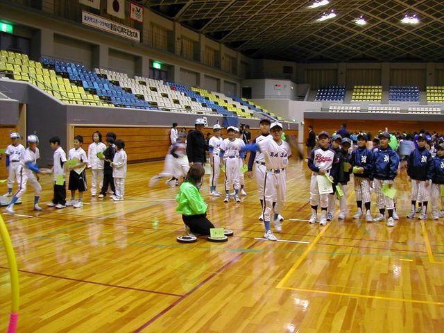 061203_frisbee_ue_imagawa