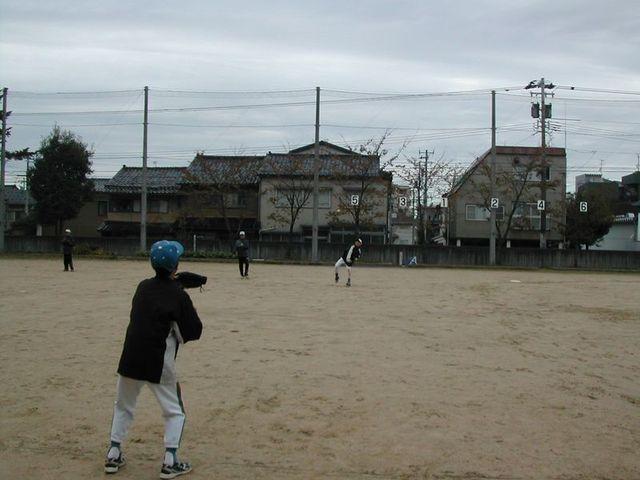 061119_catch_ball_03