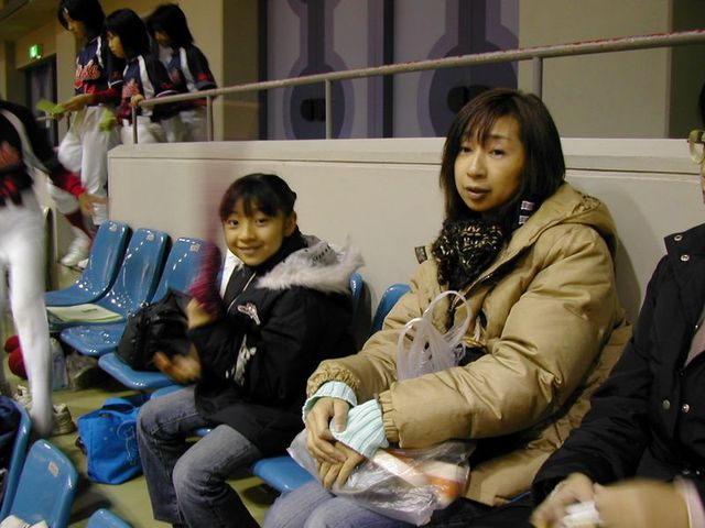061203_shimishin_mamas_girls